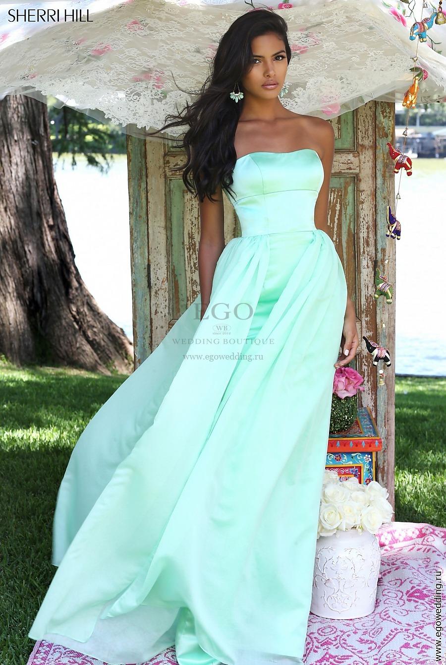 cd4e6edf721 Вечернее платье американского бренда Sherri Hill нежно-мятного цвета.