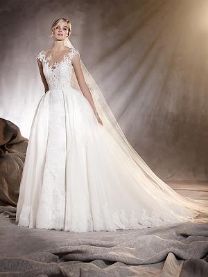 9246d5a47cd Свадебные платья в Саратове. Свадебный салон Ego Wedding Boutique